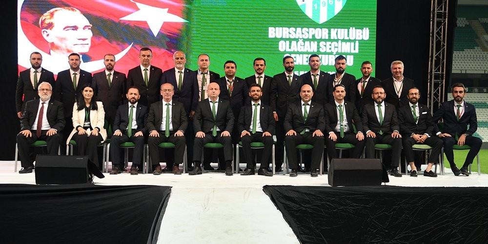 Bursaspor'da yeni yönetimin görev dağılımı yapıldı