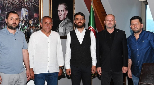 Bursaspor Hakan Cenkçiler'le yeniden anlaştı