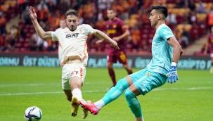 Galatasaray ikinci yarıda 3 puanı söktü aldı