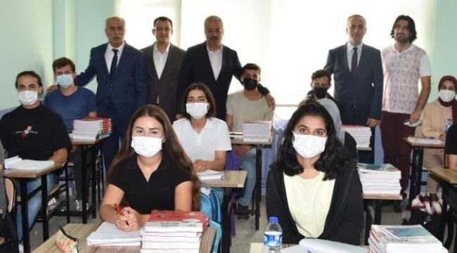 Yenişehir'de eğitime tam destek